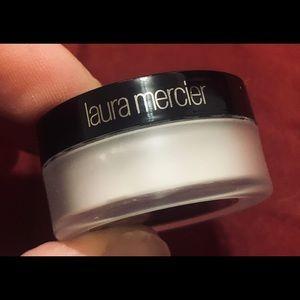 Laura Mercier Secret Brightening Powder for Eyes